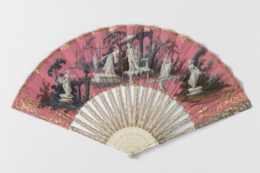 FOLDING FAN WITH CHINOISERIE