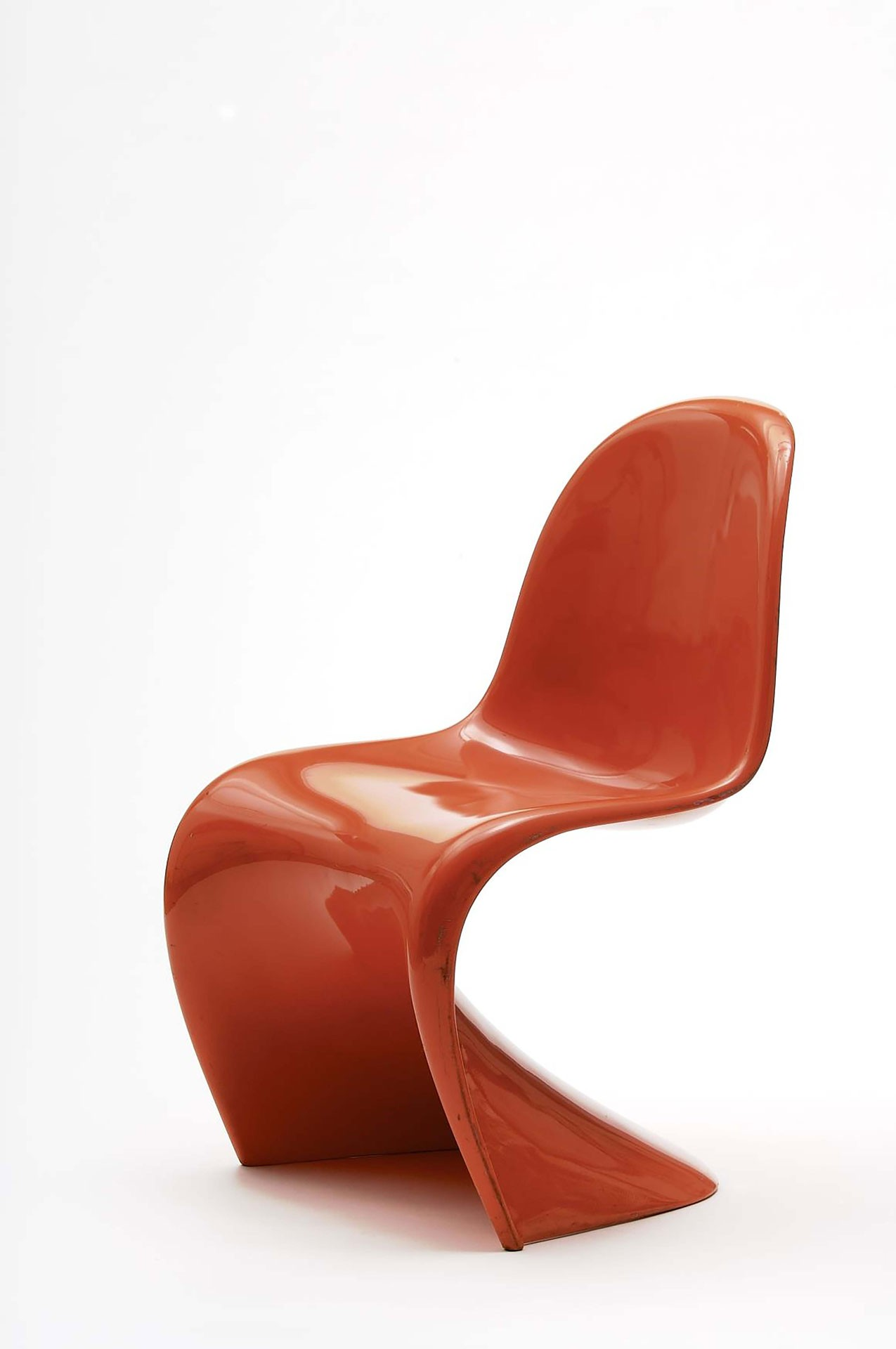 <BODY>Verner Panton, <em>Panton Chair, </em>Kopenhagen, 1967<br />Polyurethan, orange lackiert<br />© MAK/Georg Mayer</BODY>