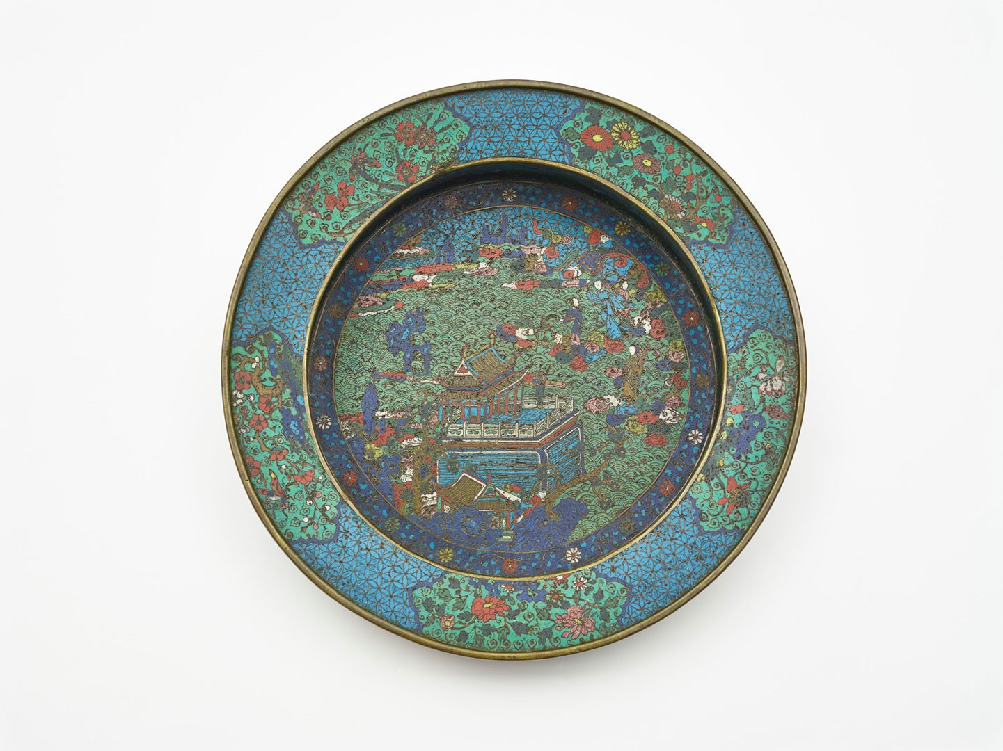 <BODY><div>Basin, China, Ming dynasty, Wanli period (1573–1619)</div><div>Copper with decoration in polychrome cellular enamel (émail cloisonné)</div><div>© MAK/Georg Mayer</div><div> </div></BODY>