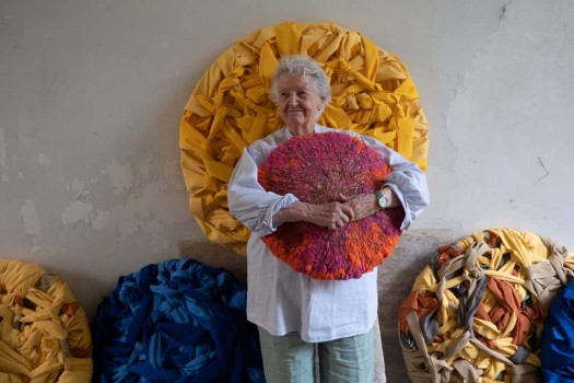 Sheila Hicks, Constellation, 2020© Christobal Zanartu