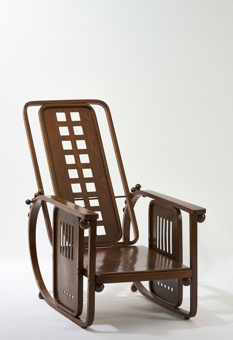 "<BODY>Josef Hoffmann, Chaise longue, Model No. 670 ""Sitting Machine,"" Vienna, ca. 1905<br />© MAK/Georg Mayer<br /></BODY>"