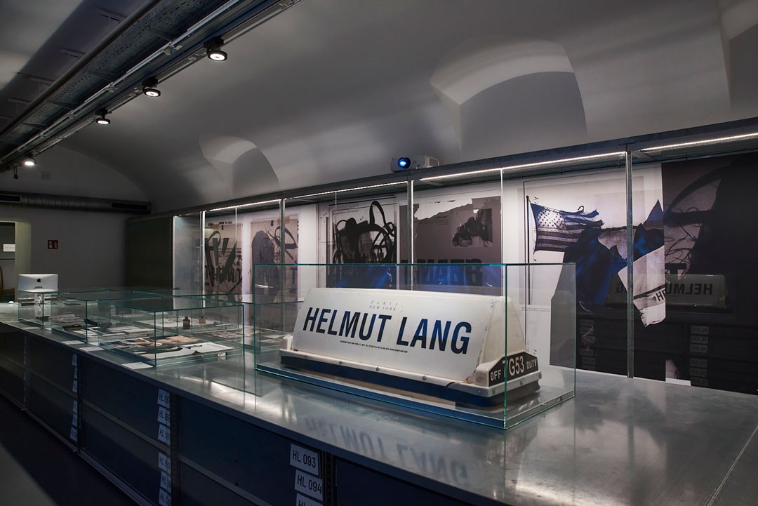<BODY>HELMUT LANG ARCHIVE. An Intervention by Helmut Lang<br />MAK DESIGN LAB<br />© MAK/Georg Mayer</BODY>