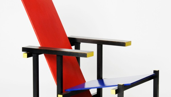 GERRIT RIETVELD: RED AND BLUE CHAIR