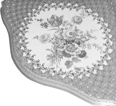 Porcelain plate of a small corner console table